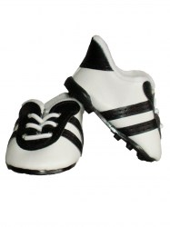american-girl-black-cleats2